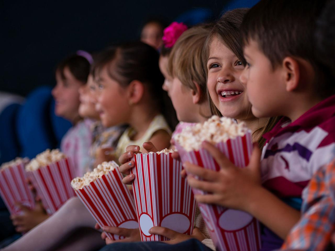 Надписью, картинки для детей кинотеатр